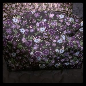 Coach Floral Large Make-Up Bag - New!!!!